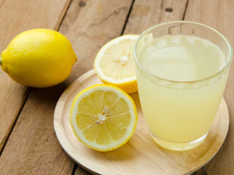 Лимонның сөлі тамақ ауруынан сақтайды